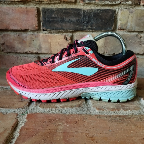 Brooks Shoes | Ghost 10 Women Size 7